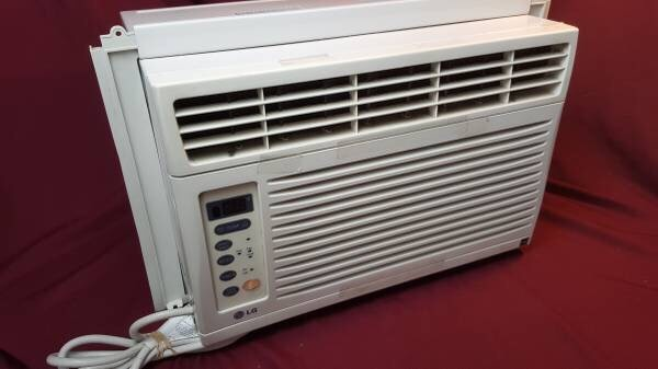 LG 6,000 BTU Window Air Conditioner LW6012ER
