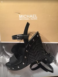 Brand New Michael Kors size 6.5. Laval, H7C 0A7