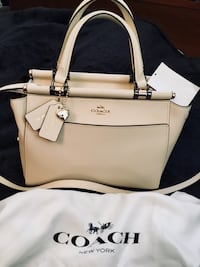 *****LIMITED EDITION SELENA GOMEZ COACH BRAND NEW WITH TAGS!**** Fresno, 93702