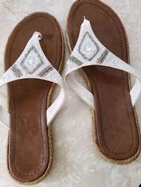 Womens size 8 sandals Des Moines