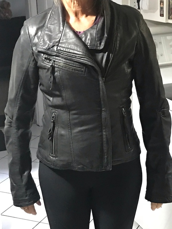4c1858fd32e5 Used Super soft black leather jacket from Danier size XS for sale in ...
