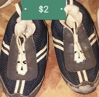 pair of black-and-white sandals Crawfordsville, 47933
