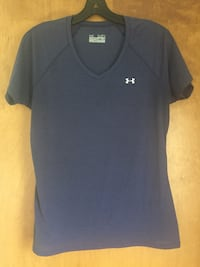 Under Armour women's tops size medium - $8 for both tops Good shape!  Hagerstown, 21740