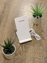 10 Watts Fast Wireless Charging Stand  Vancouver, V5M 1G4