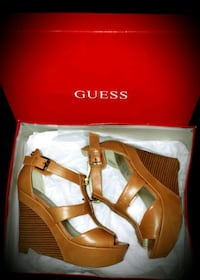 GUESS SIZE 6 WOMANS HIGH HEAL WEDGE.  Las Vegas, 89183
