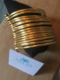 Satya gold plated bangles 16 in set Vaughan, L4H 1Y7