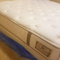 Set king size mattress stear & foster Houston, 77022