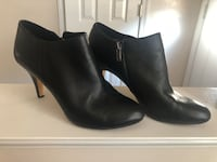 Vince camuto size 10 leather zip up bootie heels Woodbridge, 22191