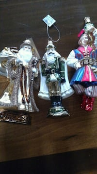 Antique ornaments 138 mi