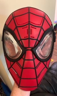 Spider-Man light up mask - it talks too! Markham, L3T 4V1