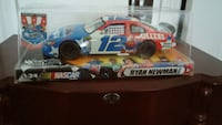 Hot Wheels #12 Ryan Newman Sherman, 75092