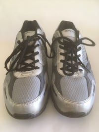 men's grey silver Spot-Bilt runner sport shoes 10.5