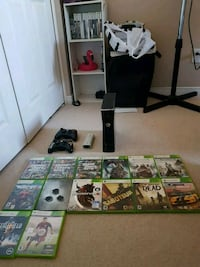 Xbox 360, two controllers, 14 games Kitchener, N2N 3P8