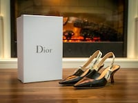Christian Dior Slingback Pumps size 39 9.9/10 condition  Surrey, V3T 1Y1