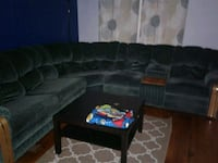 Sectional Couch  Niagara Falls, L2G