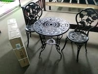 round black metal table with two chairs Porterville, 93257
