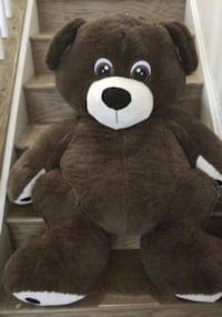 Huge bears, excellent condition smoke free pet free home no tears no stains. Selling each  for $40  Woodbridge, 22191
