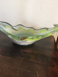 Vintage Murano Italian design yellow swirling Art glass Dish. Elizabethton, 37643