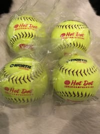 4x Worth Pro Tac hot dot softballs Burnaby, V5G 3X4