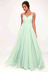 Lovely New mint green gown.  76 km