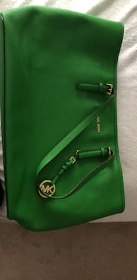 green and black leather crossbody bag Brooklyn, 21225
