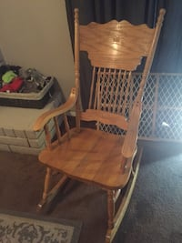 Brown wooden framed brown rocking chair Tulare, 93274