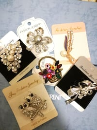 studded broches and ear studs Mississauga, L4Z 4K5