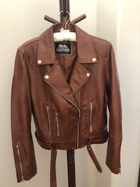 Women's XL Leather Jacket Sioux Falls, 57108