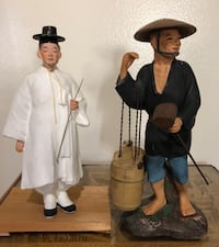 1940s Chinese statues 10 and 12 inches tall  Rialto, 92376