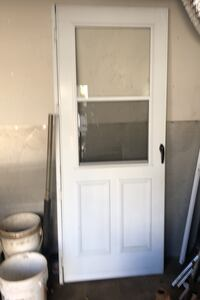 Storm door like new