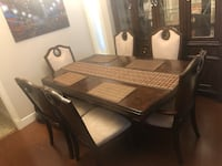 Dinning table and Hutch Surrey, V3S 4P9