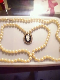 gold-colored beaded necklace Orrville, 44667