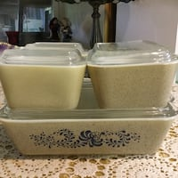 two white ceramic food containers Frederick, 21701