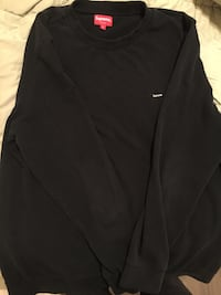 Supreme black crew-neck shirt Edmonton, T5Y 0R5