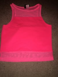 pink scoop-neck sleeveless top North Vancouver, V7K 1W4