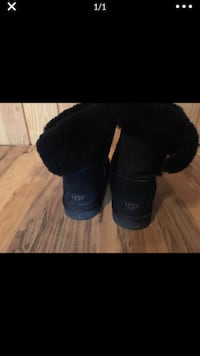 Ugg boots size 8 Louisville, 40218