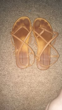 pair of brown leather sandals Seminole, 36574