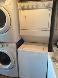 Whirlpool twin thin stackable washer & dryer  Mississauga, L5K 1T4