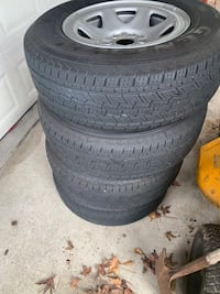 GMC/ Chevy truck 1500 tires & rims