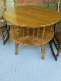 round brown wooden table with two chairs Mount Airy, 21771