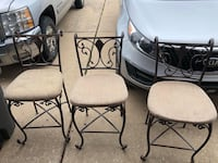 Chairs/bar stools