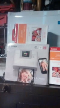 Selphy cp1200 Wireless picture printer with 2 boxes of picture paper Victoria, V8N 1P4