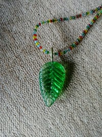 Beaded necklace with leaf pendant Vancouver, 98682