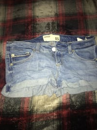 Blue jean shorts. Quinte West, K8N 4Z2