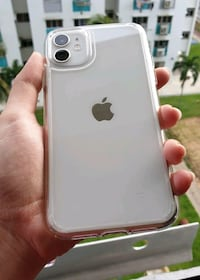 FOR SALE OR TRADE! White I Phone 11 128 GB