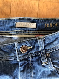 jean 3/4 burberry  Montreuil, 93100