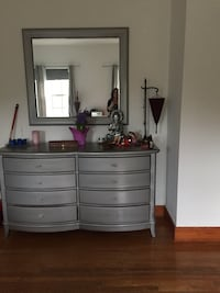Designer furniture 2 nightstands huge dresser and mirror Miami, 33137
