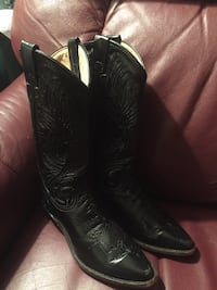 Cowgirl boots size 6m 160 mi