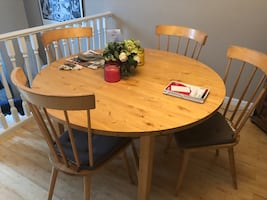 Round IKEA Table - extendable