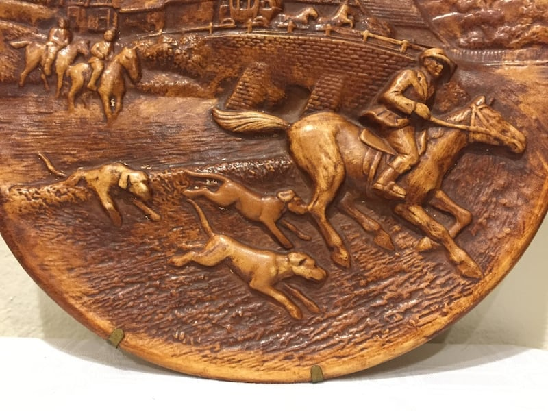 Plate Fox Hunt Scene Wall Decor